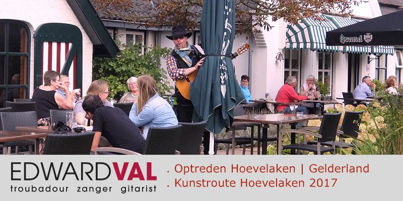 2017 Kunstroute-Hoevelaken-Optreden-mobiele-zanger-gitarist-entertainer-Edward-Val-boeken-Rondlopende-muzikant-inhuren-Leuke-liedjeszanger-met-gitaar-Akoestisch-optreden-troubadour