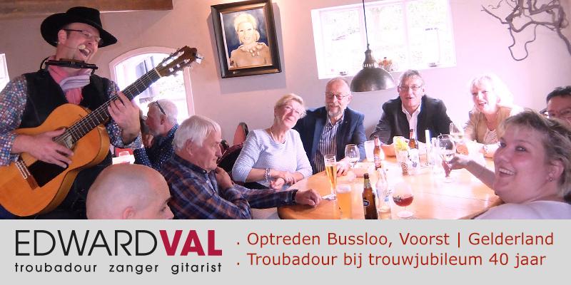 Voorst-Hof-van-Bussloo-Gelderland-Optreden-boeken-zanger-gitarist-troubadour-Edward-Val-Huwelijksjubileum-40-jaar-Mobiele-muzikant-inhuren-Live-achtergrondmuziek