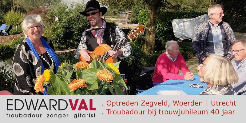 Zegveld-Woerden-Utrecht-Locatie-De-Buitenplaats-Blauwe-Meije-Optreden-boeken-zanger-gitarist-poptroubadour-Edward-Val-Mobiele-live-muziek-inhuren-Rustige-sfeermuziek-op-terras