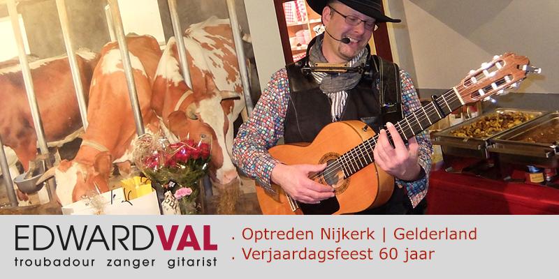 Gelderland-Nijkerk-Optreden-troubadour-zanger-gitarist-Edward-Val-boeken-Mobiele-akoestische-live-muziek-inhuren-Landwinkel-De-Maaneschijn