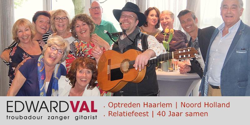 Feest-zanger-gitarist-Haarlem-De-Molenplas-Troubadour-inhuren-Mobiele-live-muziek-boeken