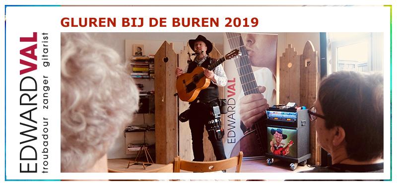 Gluren Bij de Buren Nijkerk 2019 | Huiskameroptreden concert voorstelling theater cabaret kleinkunst Edward Val Troubadour 1