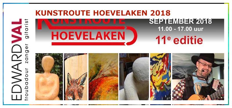 Kunstroute 2018 Hoevelaken | Nijkerkse Troubadour Edward Val rondlopend met gitaar