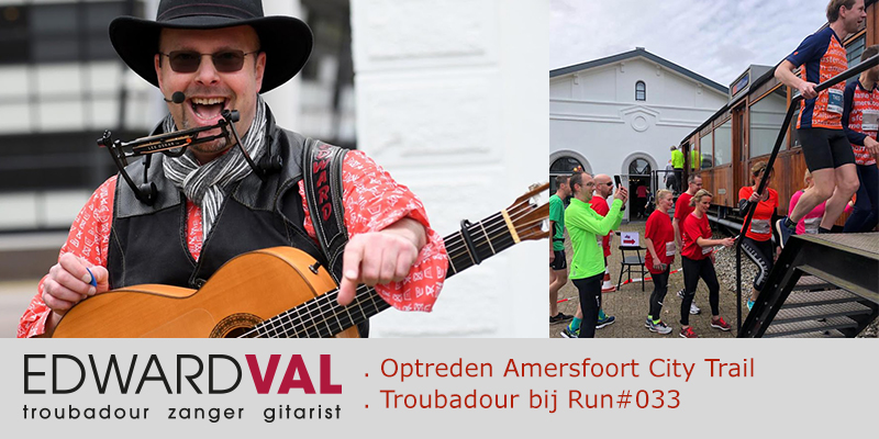 Amersfoort City Trail Run#033 Troubadour zanger gitarist Edward Val | Hospitality Group | Station Foto's Prestatieloop