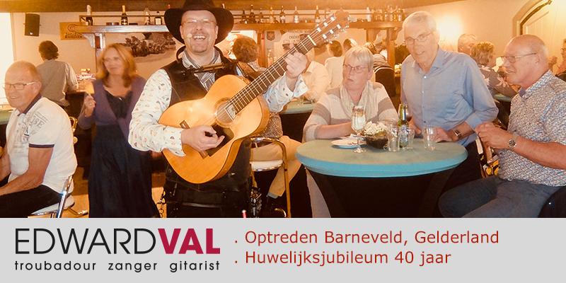 Feest Barneveld Elstar Catering | Zanger gitarist troubadour Edward Val | Entertainer boeken | Artiest inhuren