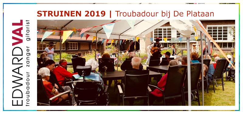 Struinen Tuinen Festival Amersfoort Utrecht | zanger gitarist Lyvore De Plataan dementie alzheimer zorgtainment oude hollandse liedjes | Troubadour Edward Val