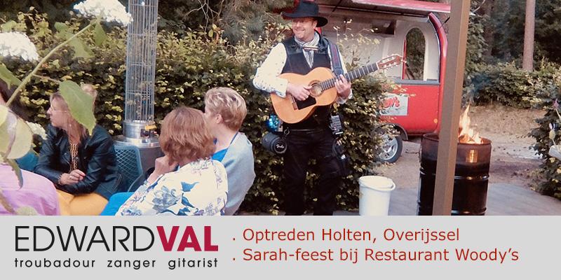 Troubadour zanger gitarist bij Woody's restaurant pancakes Holten Rijssen Overijssel | Feest met Edward Val