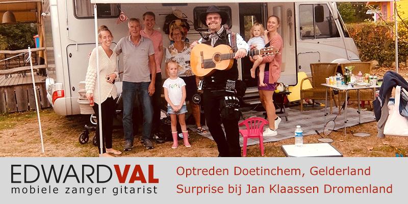 Gelderland | Doetinchem Jan Klaassen Braamt trouwjubileum Optreden troubadour inhuren bedrijfsuitje zanger gitarist Edward Val familie feest boeken