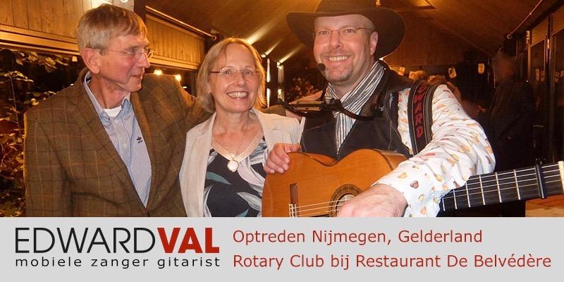 Rotary Nijmegen Restaurant Belvedere mobiele troubadour Edward Val | Zanger gitarist live muziek Gelderland inhuren | 0000 2