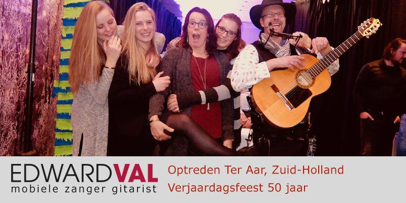 Zuid Holland | Ter aar sarah feest personeelsdag trouwjubileum Optreden troubadour inhuren bedrijfsuitje zanger gitarist Edward Val boeken